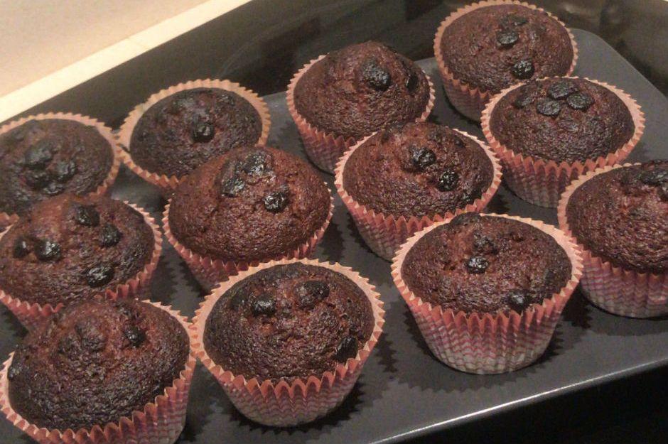 https://yemek.com/tarif/damla-cikolatali-muffin-3/ | Damla Çikolatalı Muffin Tarifi