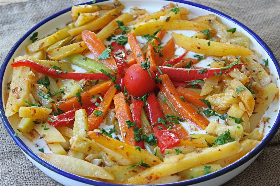 https://yemek.com/tarif/firinda-sebze-kebabi/ | Fırında Sebze Kebabı Tarifi