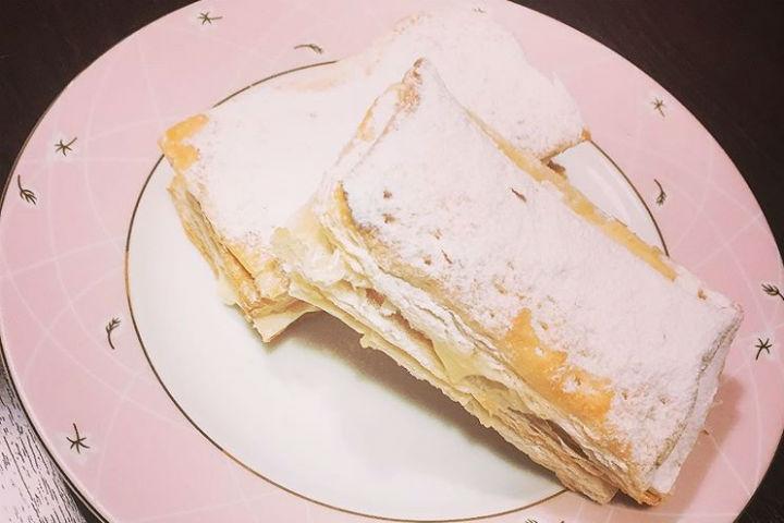 https://yemek.com/tarif/milfoy-pastasi/ | Milföy Pastası Tarifi