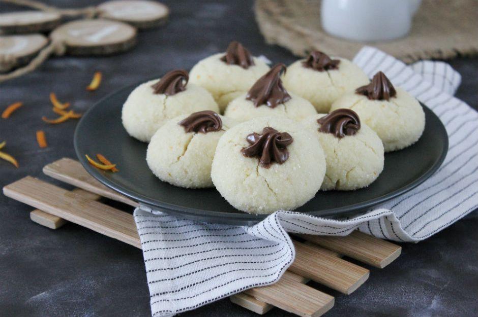https://yemek.com/tarif/portakalli-elmas-kurabiye/ | Portakallı Elmas Kurabiye Tarifi