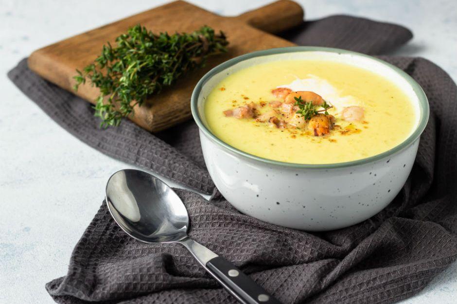 https://yemek.com/tarif/sutlu-patates-corbasi-2/ | Sütlü Patates Çorbası Tarifi