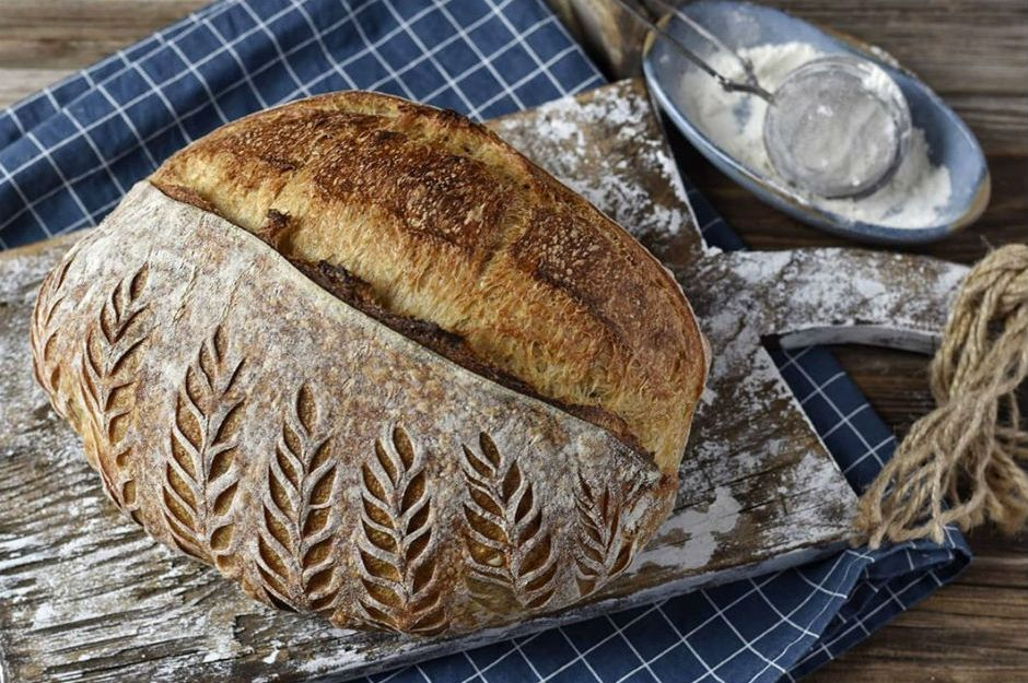 https://yemek.com/tarif/eksi-mayali-ekmek-2/ | Ekşi Mayalı Ekmek Tarifi