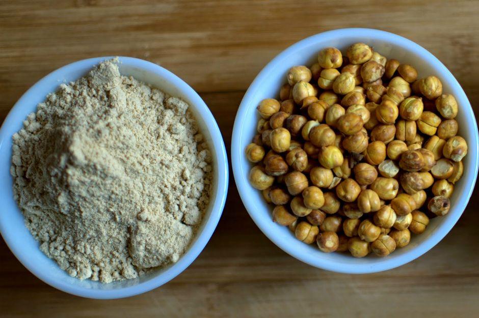http://www.healthfooddesivideshi.com/2013/04/sattu-or-roasted-gram-flour-flour-that.html | healthfooddesivideshi