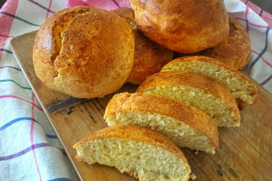 https://yemek.com/tarif/mayasiz-yumusacik-ekmek/ | Mayasız Yumuşacık Ekmek Tarifi