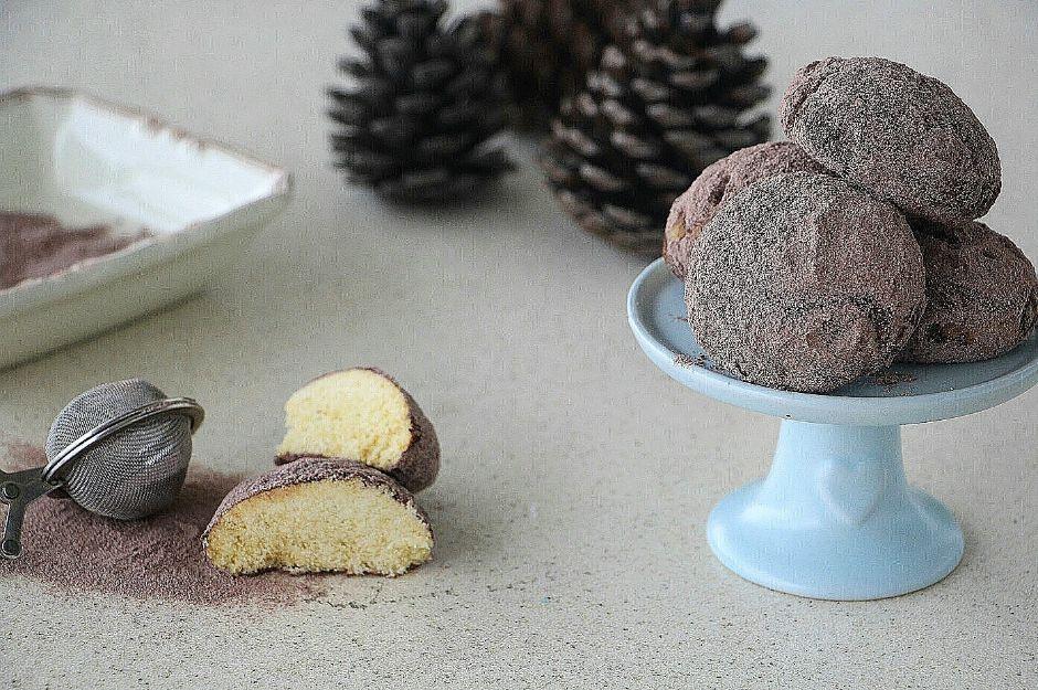 https://yemek.com/tarif/kolay-iki-renkli-kurabiye/ | Kolay İki Renkli Kurabiye Tarifi