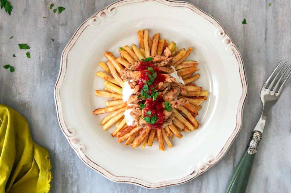 https://yemek.com/tarif/tavuklu-cokertme-kebabi-2/ | Tavuklu Çökertme Kebabı Tarifi