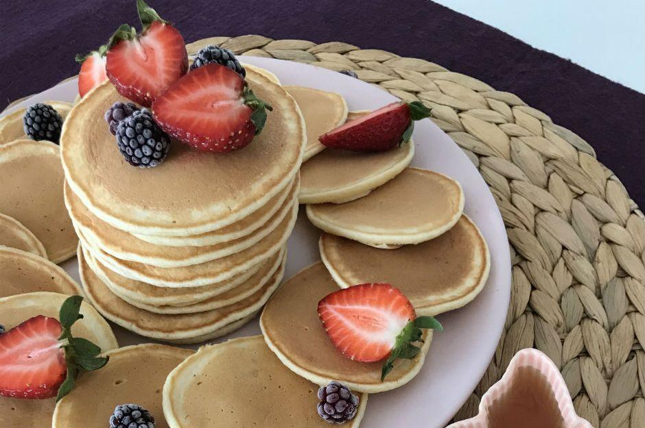 https://yemek.com/tarif/puf-puf-kabaran-pancake/ | Puf Puf Kabaran Pancake Tarifi