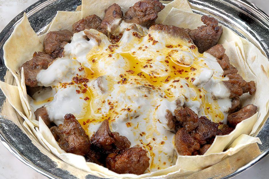 https://yemek.com/tarif/yoruk-kebabi/ | Yörük Kebabı Tarifi
