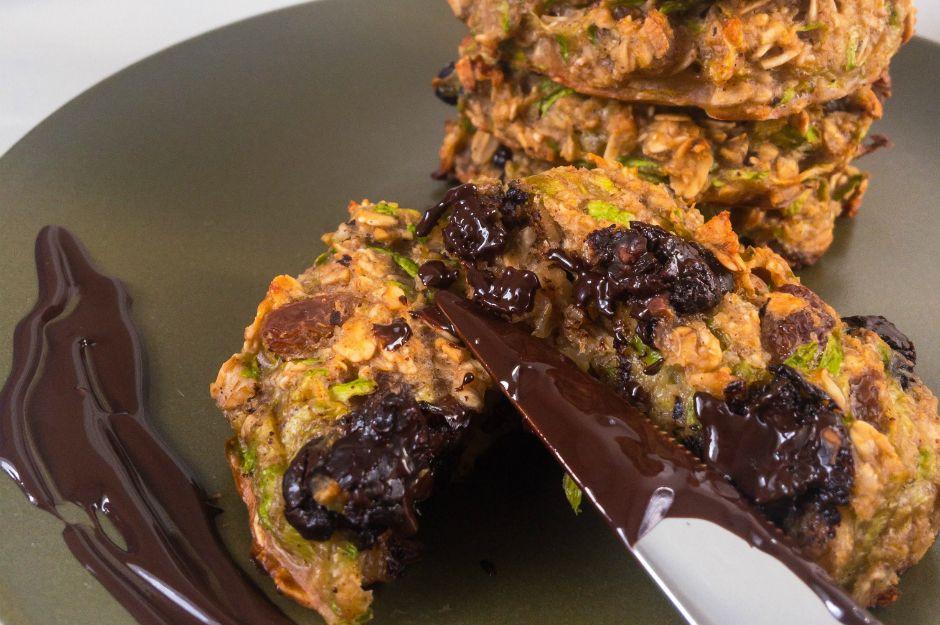 https://yemek.com/tarif/cikolatali-kabakli-kurabiye/ | Çikolatalı Kabaklı Kurabiye Tarifi