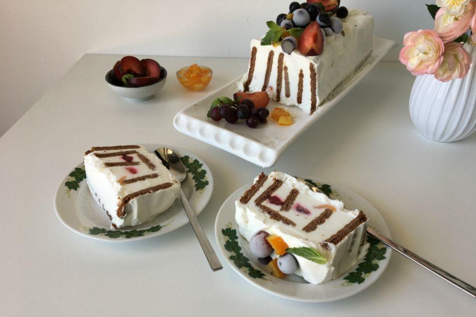 https://yemek.com/tarif/meyveli-buzluk-pastasi | Meyveli Buzluk Pastası Tarifi