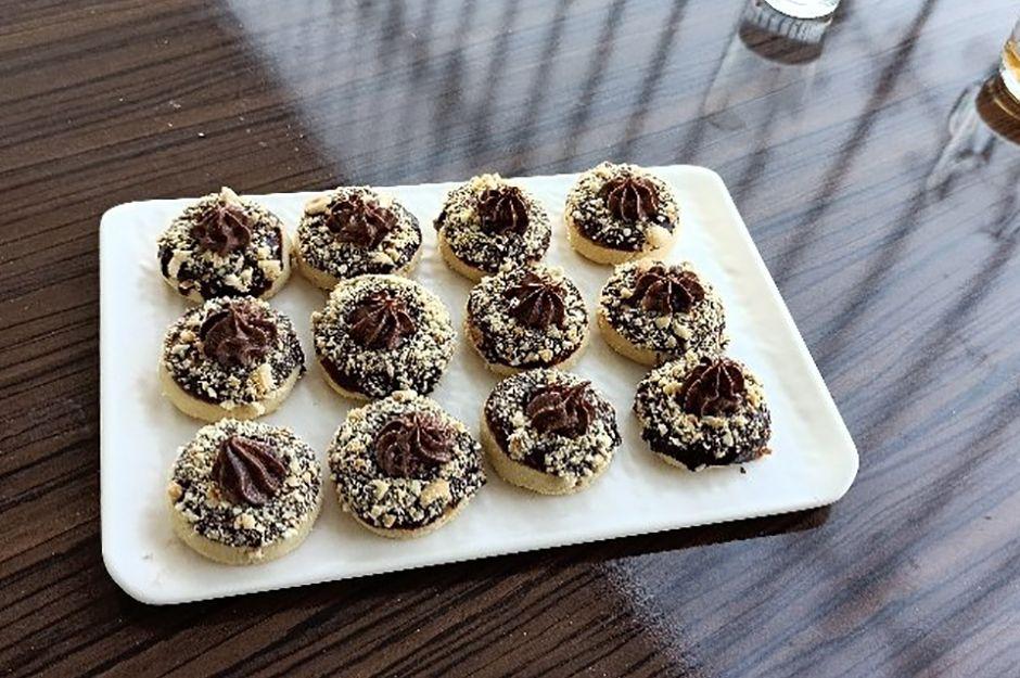 https://yemek.com/tarif/findikli-cikolatali-kurabiye/   Fındıklı Çikolatalı Kurabiye Tarifi