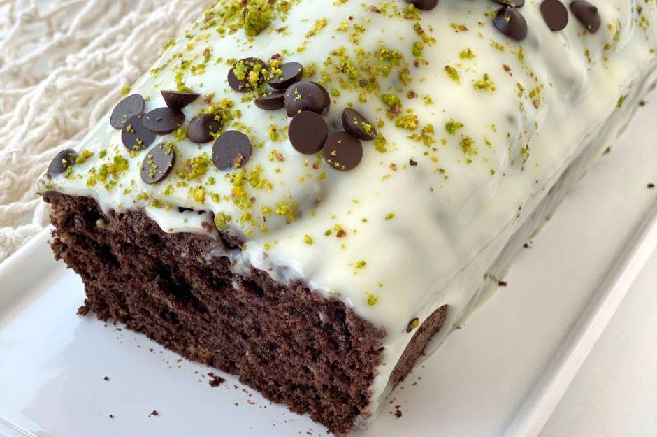 https://yemek.com/tarif/cikolatali-baton-kek-2/ | Çikolatalı Baton Kek Tarifi