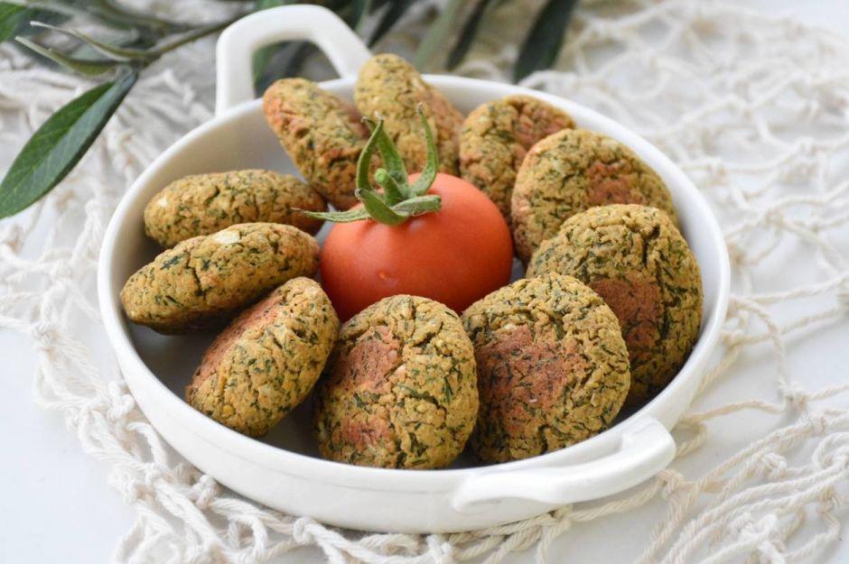 https://yemek.com/tarif/diyet-falafel/ | Diyet Falafel Tarifi