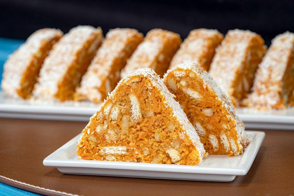 https://yemek.com/tarif/havuclu-mozaik-pastasi/ | Havuçlu Mozaik Pasta Tarifi