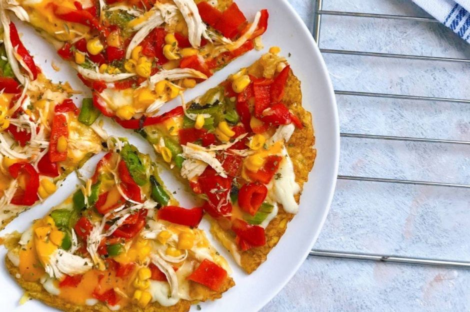 https://yemek.com/tarif/tavada-patates-pizza/   Tavada Patates Pizza Tarifi