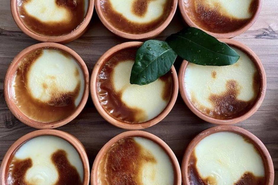 https://yemek.com/tarif/guvecte-sut-helvasi-2/ | Güveçte Süt Helvası Tarifi