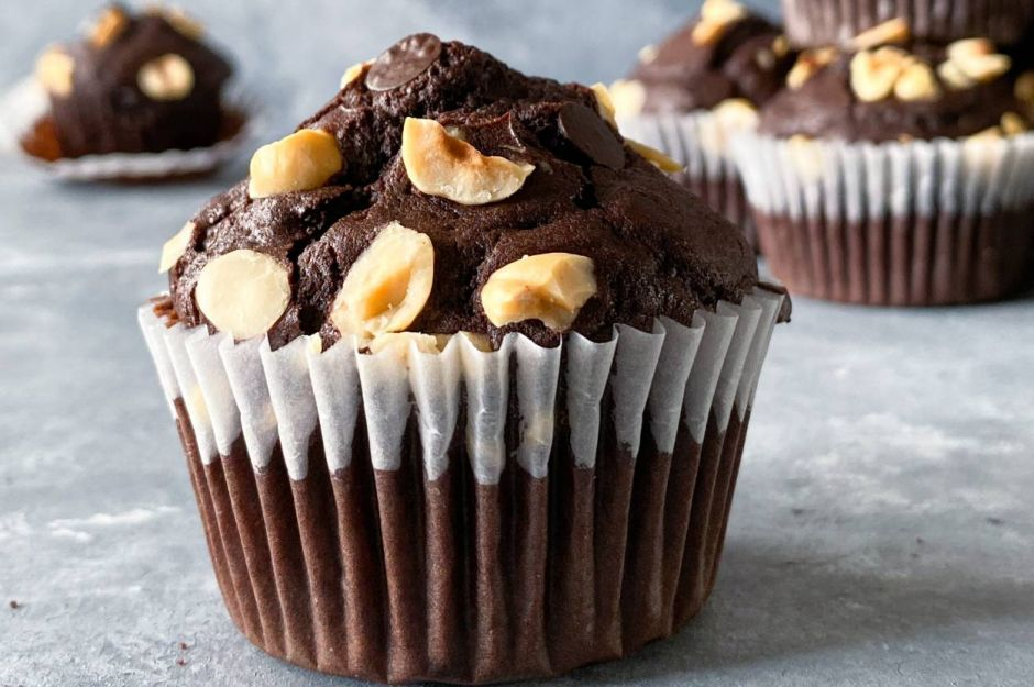 https://yemek.com/tarif/cikolatali-muffin-7/   Çikolatalı Muffin Tarifi