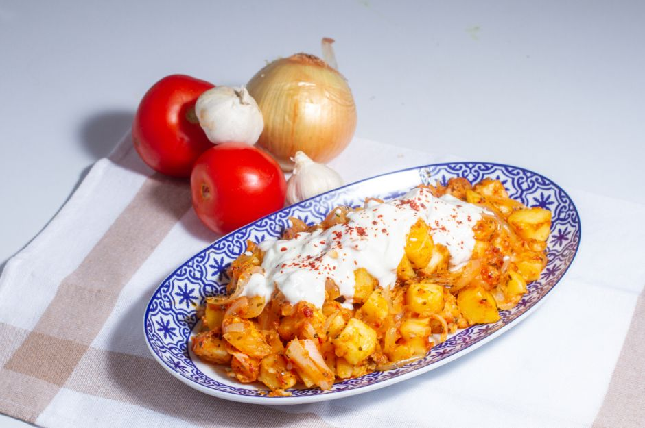 https://yemek.com/tarif/haslamadan-patates-kavurma/   Haşlamadan Patates Kavurma Tarifi