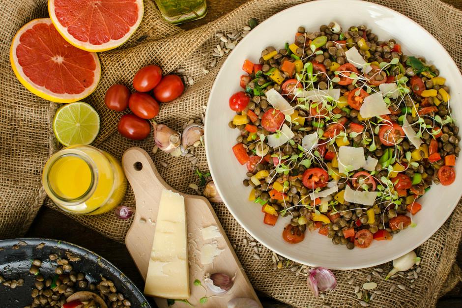Kabuklı Ilık Mercimek Salatası Tarifi