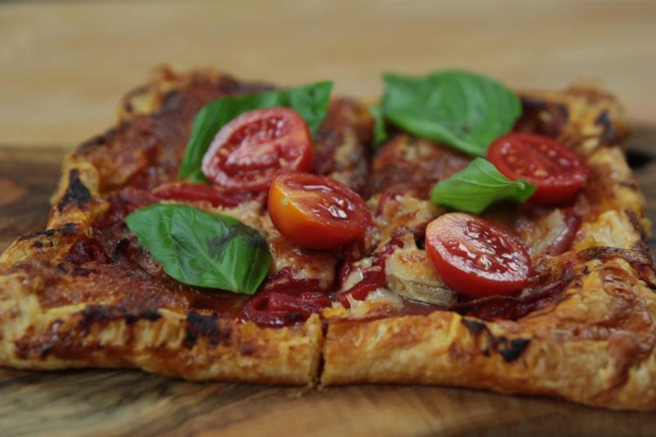 Milföy Kare Pizza Tarifi