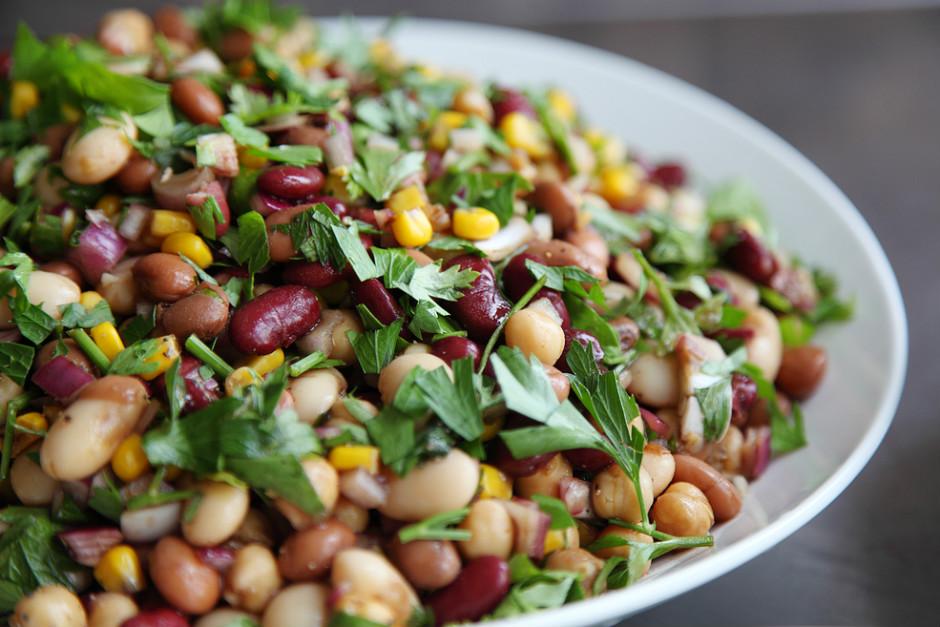 Üç Fasulye Salatası Tarifi