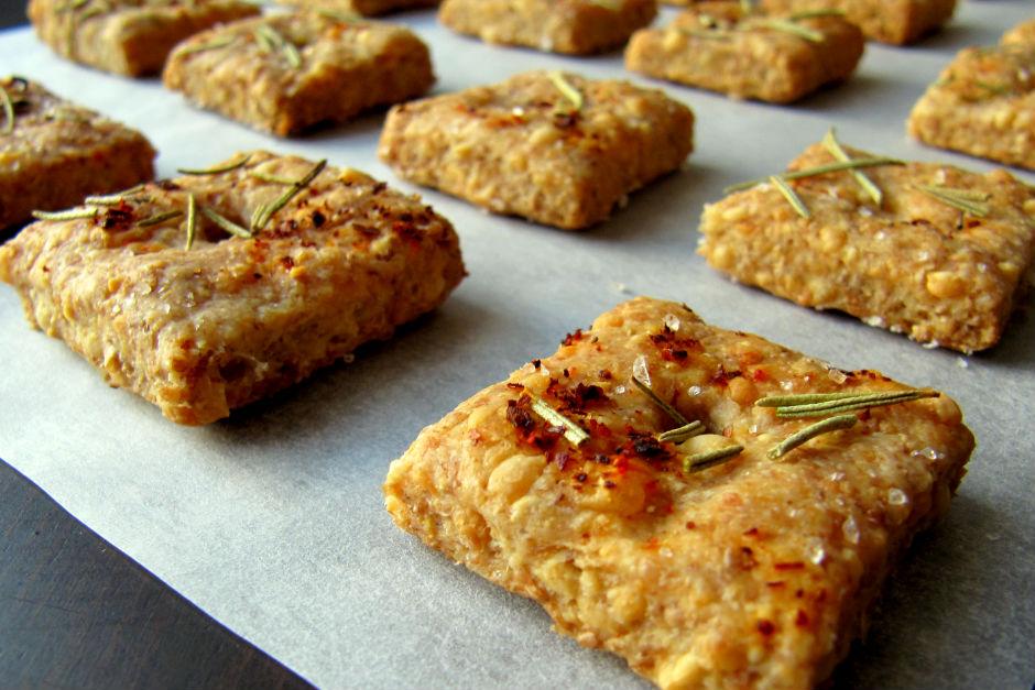 peynirli-baharatli-kraker