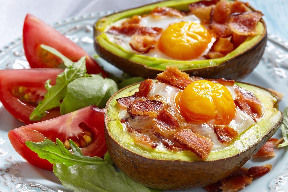 Avokado İçinde Yumurta Tarifi