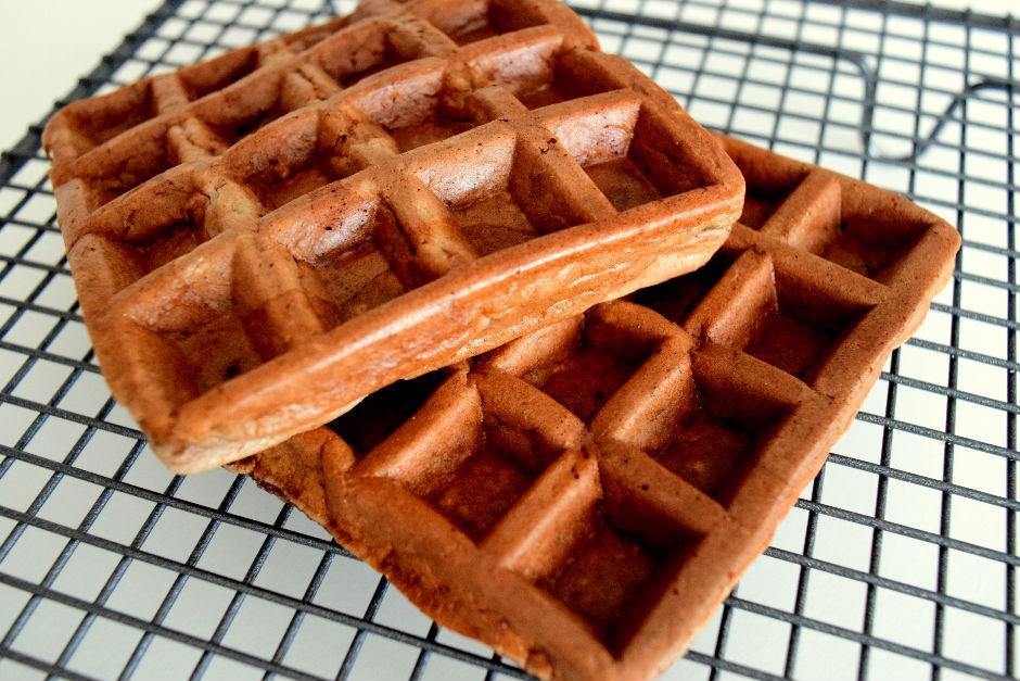 Yulaflı Muzlu Waffle Tarifi