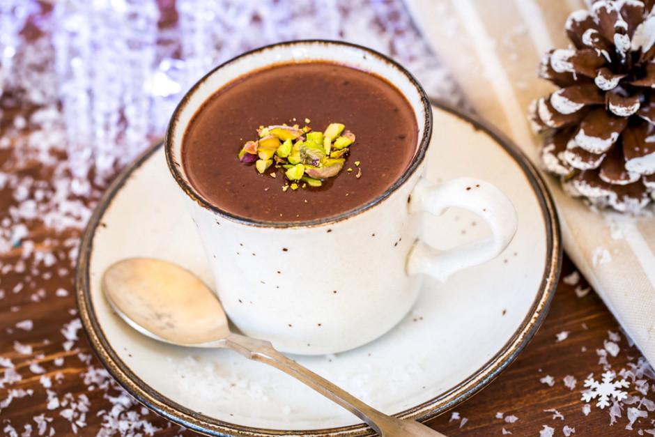 nutellali-sicak-cikolata-tarifi-one-cikan