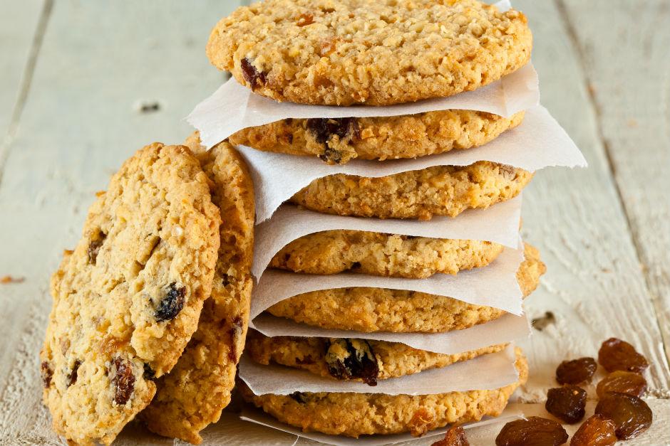 kuru-uzumlu-yulafli-kurabiye-tarifi