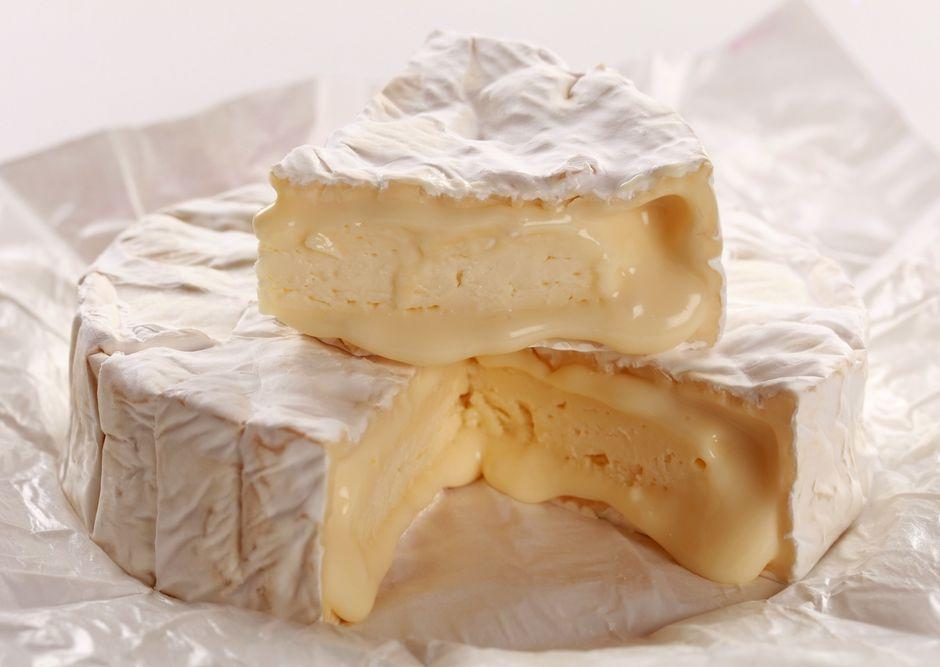 camembert-peyniri