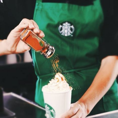 22 Ülkede İnsanlar Starbucks'ta Bir Bardak Latte İçmek İçin Ne Kadar Ödüyor pumpkin spice latte