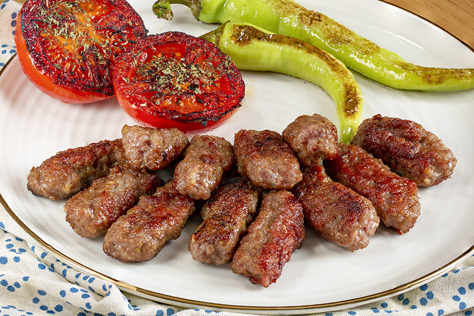 İnegöl Köfte Tarifi, Nasıl Yapılır? (Resimli - Anlatımlı) - Yemek.com