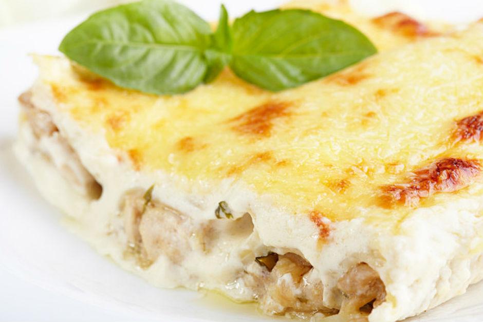 besamel-soslu-tavuk-tarifi-yeni