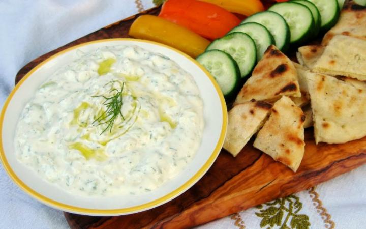 cacik-yunan-yemek-turk-mutfagi
