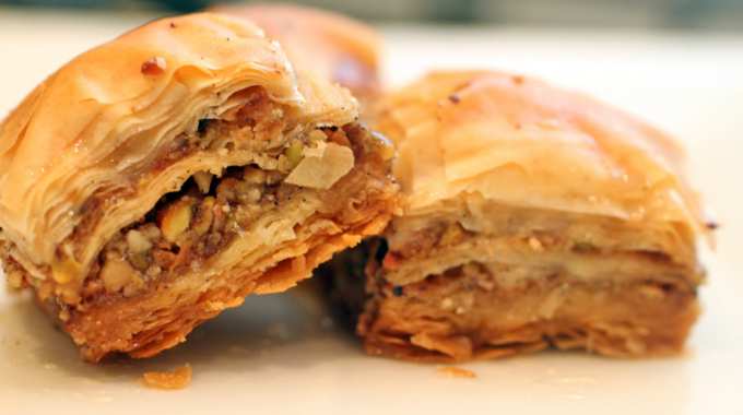 yunan baklavası türk yemekleri