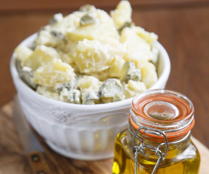 Yoğurt Soslu Patates Salatası