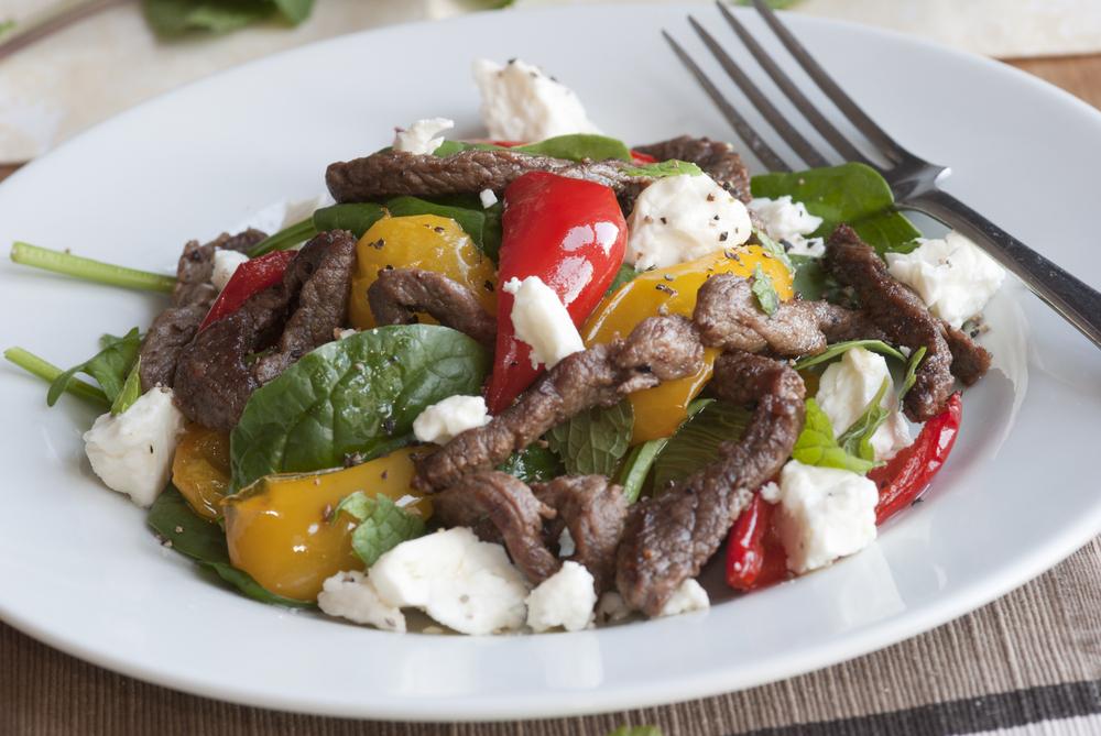 etli-ispanak-salatasi