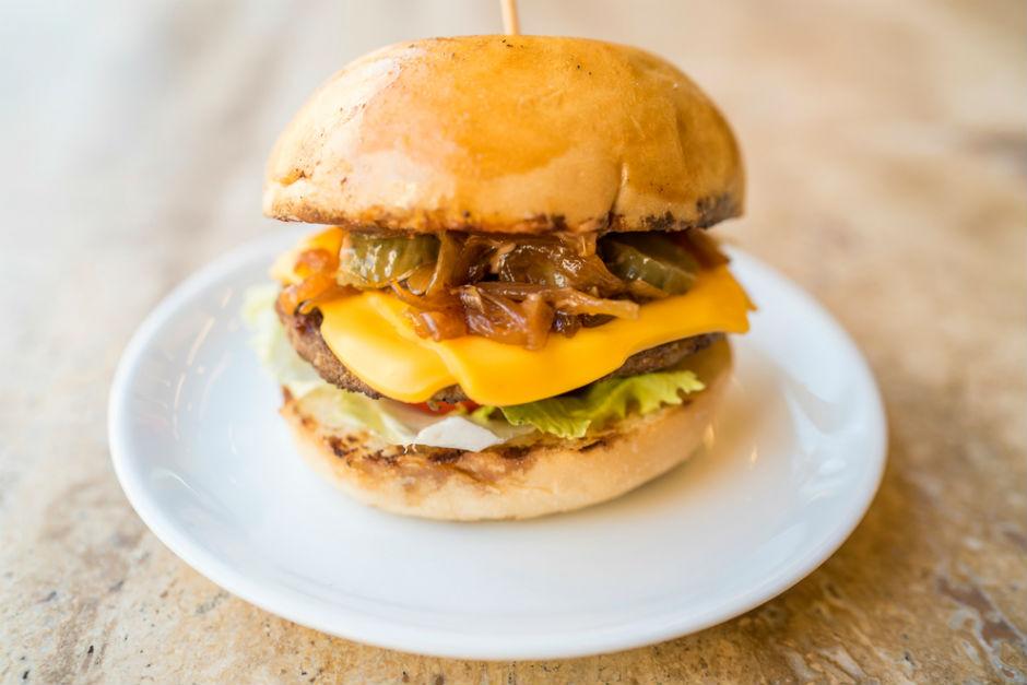 Karamelize Soğanlı, Portobello Izgara Burger Tarifi