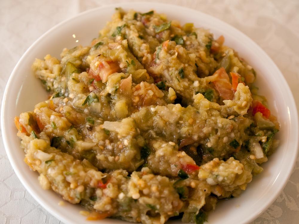 yerfistikli-patlican-salatasi