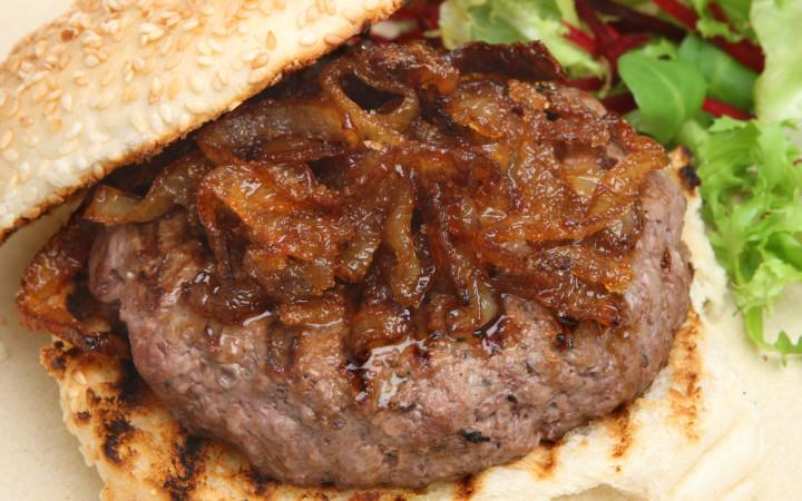 ev-yapimi-klasik-hamburger