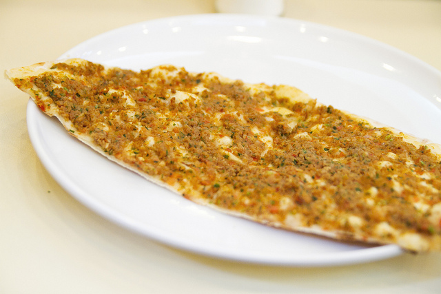 lahmacun-flickr/roboppy