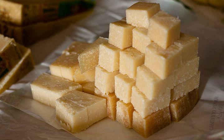 asiago peyniri - flickr/darioalba