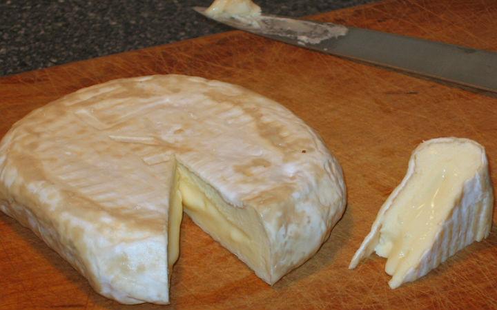 camembert peyniri - flickr/msneato