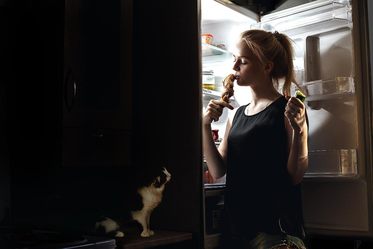 gece-yemek-buzdolabi-2021