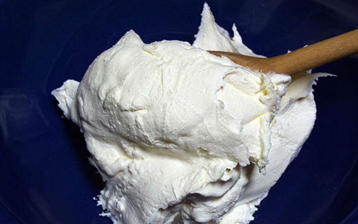 mascarpone peyniri - flickr/islandvittles