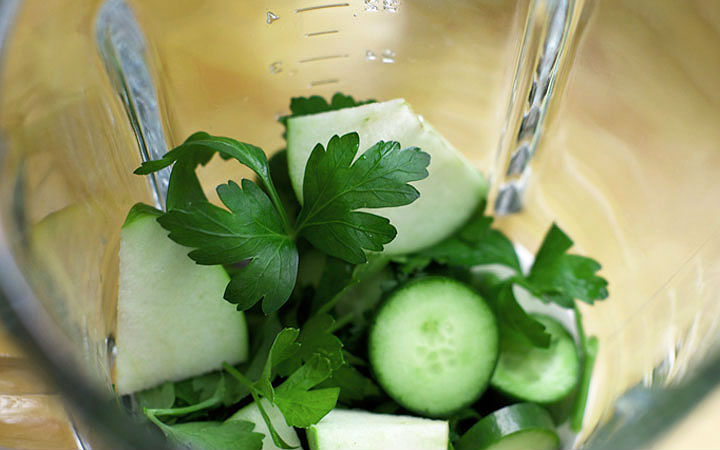 Yeşil Elmalı Maydanoz Suyu Tarifi