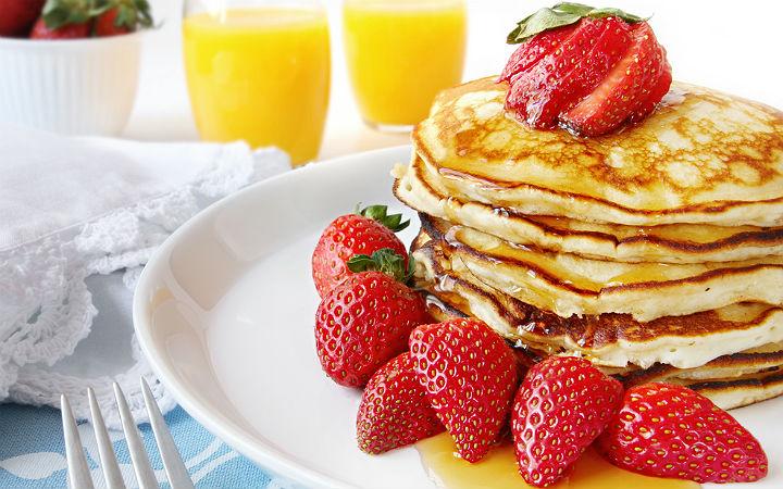 http://yemek.com/tarif/pancake/#.VHS3oIusV9A | Temel Pancake Tarifi