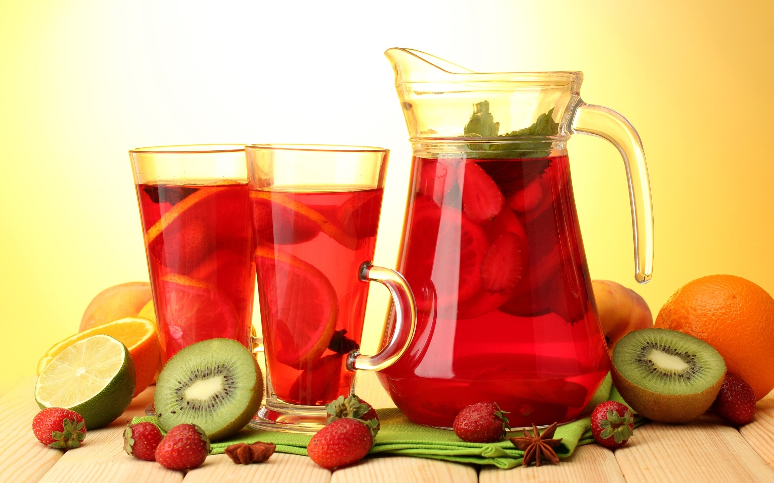 http://www.justjuice.org/2012/juicing-fresh-fruit-is-fresh-fruit-juice-good-or-bad-for-you/ | justjuice