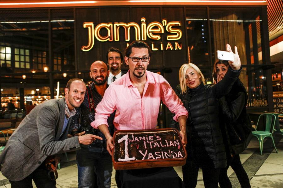 Zorlu Center Jamie's Italian Türkiye 1 Yaşında Partisi